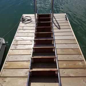 Badstege-10-steg-uppfällbar-uimaporras-RST-taittuva_1.jpg